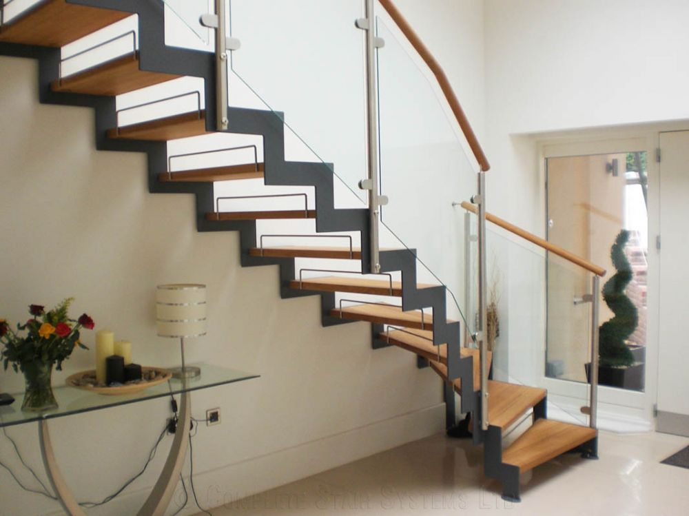 Zig-Zag-Stairs.jpg