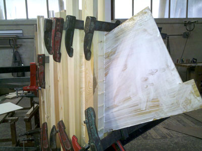 outer veneers are glued to the laminates