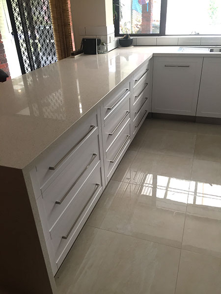 kitchen in vinyl designed with Polyboard